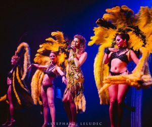 Revue costumée cabaret des etoiles