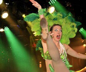 Etoiles cabaret show