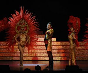 cabaret revue plumes girls ballets