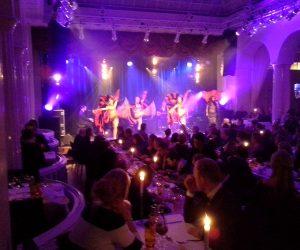 Diner spectacle cabaret