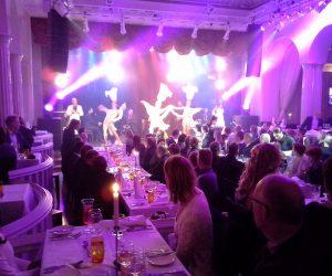 Paris cabaret diners spectacle repas
