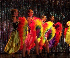 Cabaret itinérant parisien pathy folies