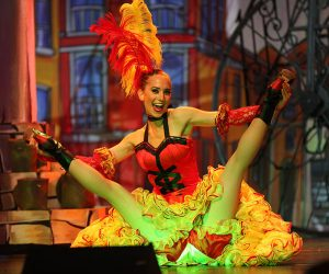 french cancan spectacle itinérant