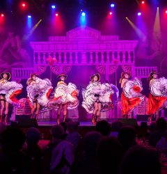 saloon french cancan cabaret parisien